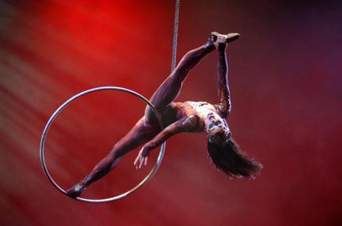 marie-eve_bisson_cirque_du-soleil_Dralion_Hibana