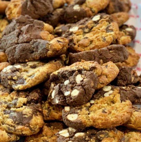 Cashew & Chocolate Cookies