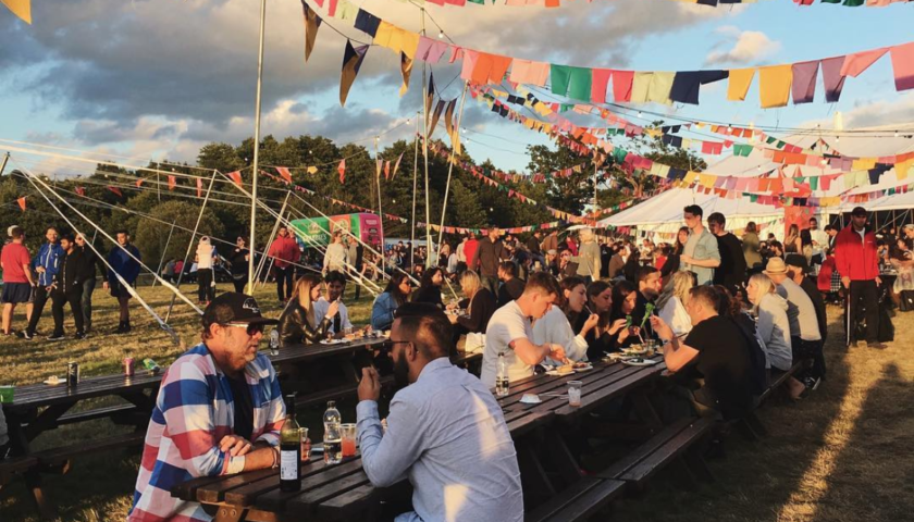 festival-catering-tables